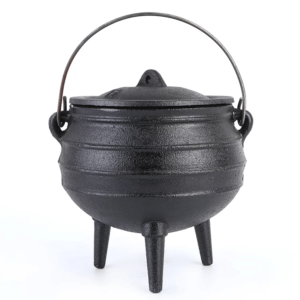 LARGE CAST IRON POT – POYKIE POT – CAST IRON POTS FOR SALE – IRON COOKING POTS – POTJIE